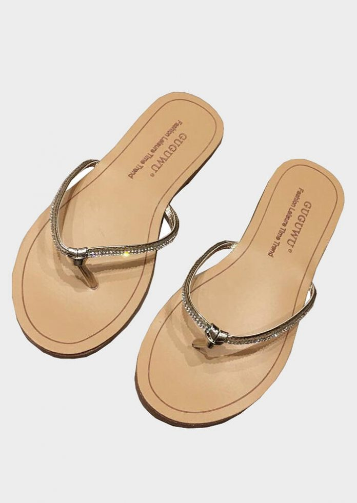Diamond Round Toe Flip Flops